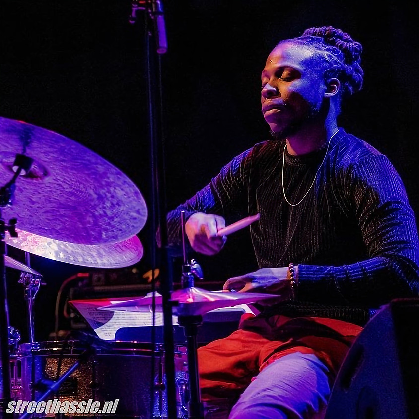 """Jonathan Pinson's """"BOOM CLAP"""" at Second Home"""