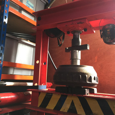 Caravan wheel bearing press