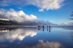 Haystack Mirror-walk.jpg