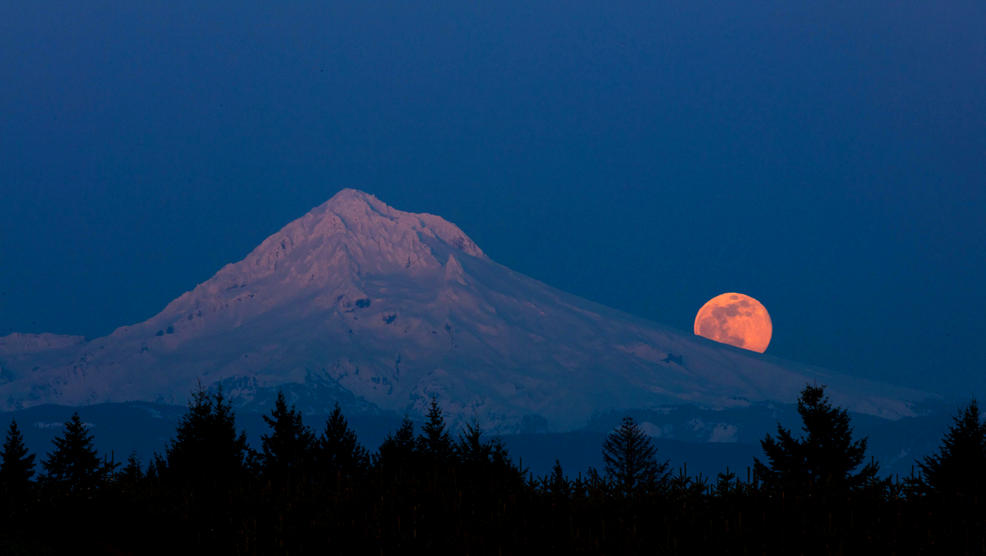 Mt. Hood Super Moon