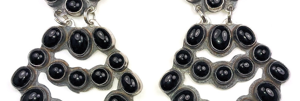 LARGE CHANDLEARRING-Black Onyx