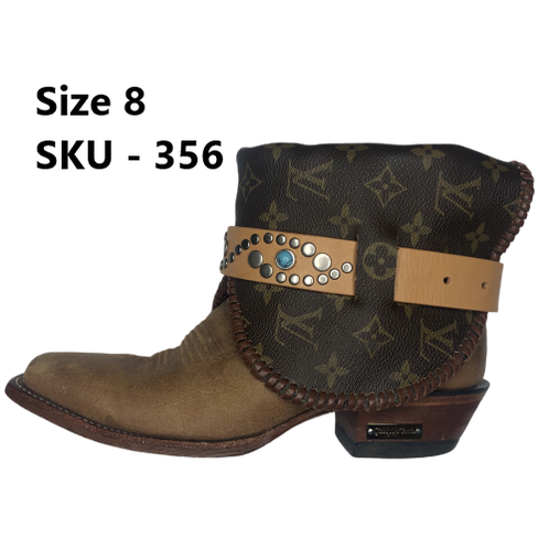 c4a6da0bfce Louie Vuitton Lined Studd Belted Tan Vintage Boots #356