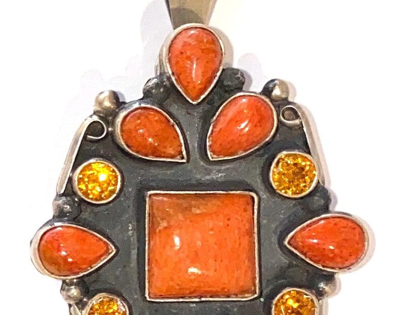 Surroundings Pendant-Orange coral/citrine