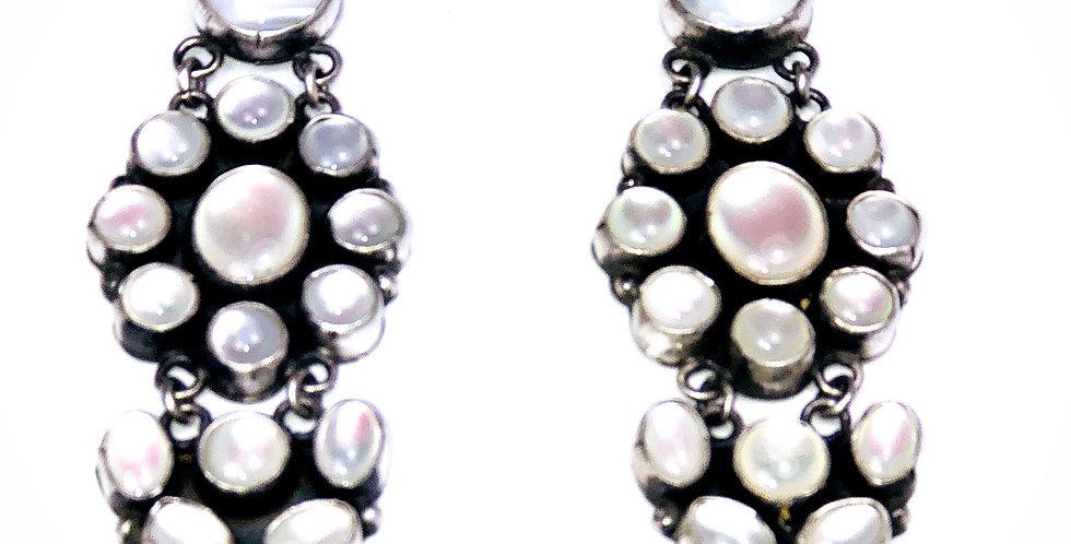 ShyAnne Earring-Mother of Pearl
