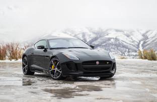 Driving a 550hp Jaguar in Winter