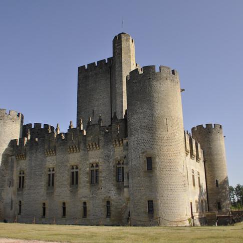 Brief Castle History