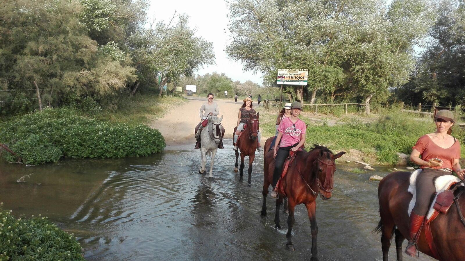 Paseo caballo Puente del Ajoli