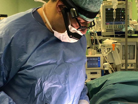Prova clinica di nuovo visore per streaming di interventi chirurgici