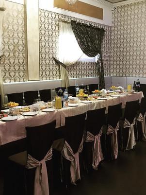 Вариант накрытия столов в общем зале
