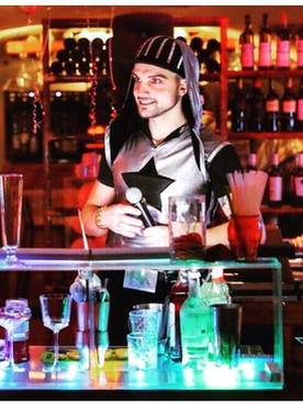 «Старт бар Шоу» на копоративе в Room Cafe