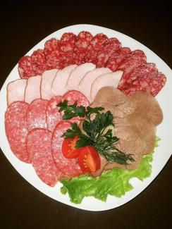 Вариант мясной нарезки