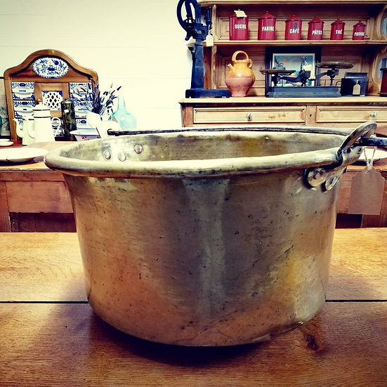 Large Yellow Copper Cauldron