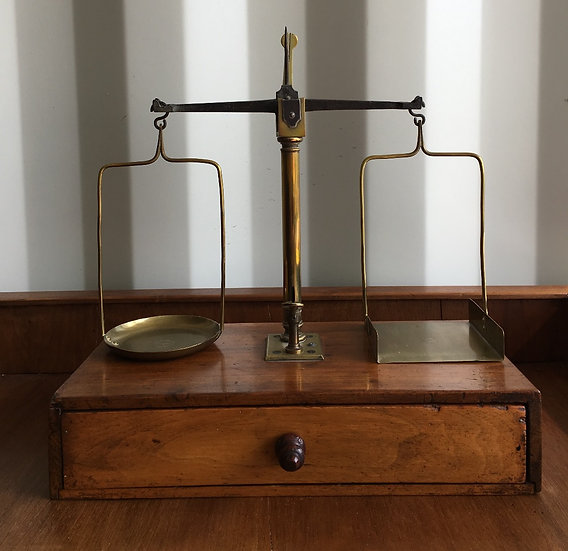 Pharmacist Scale - SOLD
