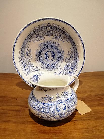 Blue & White Wash Bowl & Jug Set