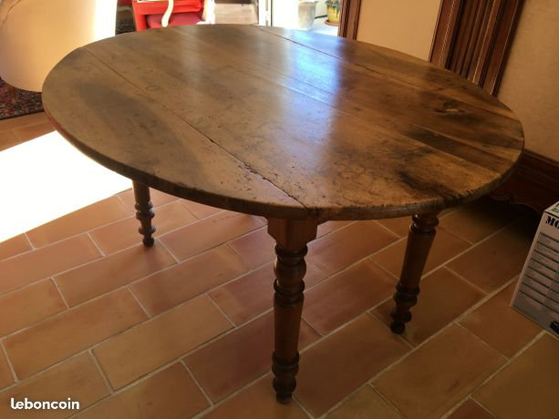 Round Walnut Dining Table With Drop Leaf Sides