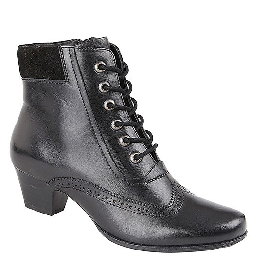 CIPRIATA - Lisa Boot