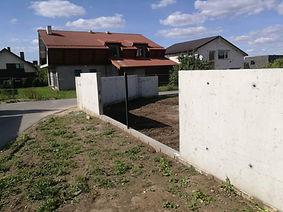 Tvoros pamatų betonavimas