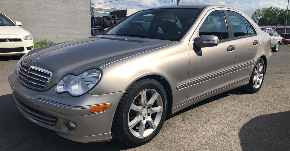 2006 Mercedes C280 4matic avec 128,700km   4800$