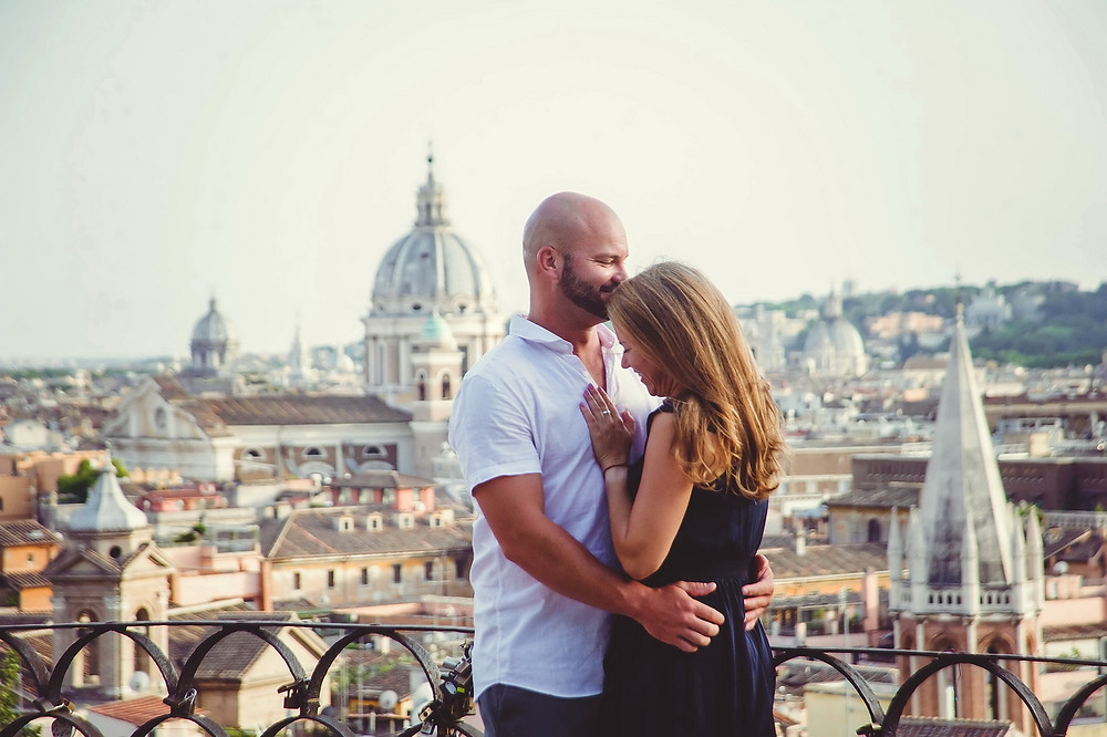 love story photo shoot in Rome by destination wedding photographer in Italy Olga Angelucci