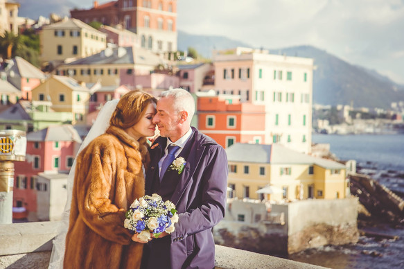 A joyful wedding in Genoa.