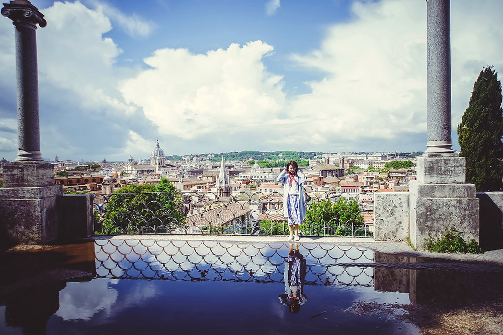 family photo shoot in Rome by destination family photographer in Italy