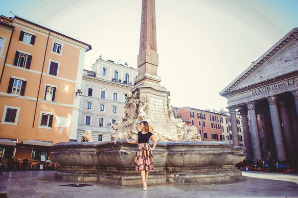 Hot photo shoot in a cold roman morning