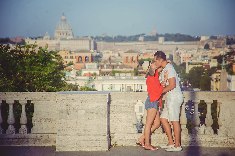 love story photo shoot in Rome by destination wedding photographer Olga Angelucci