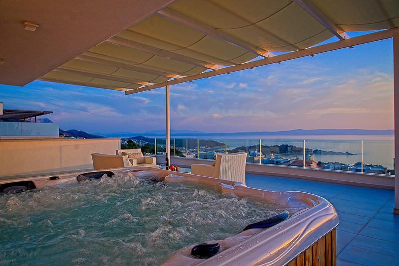 Makarska villa with pool