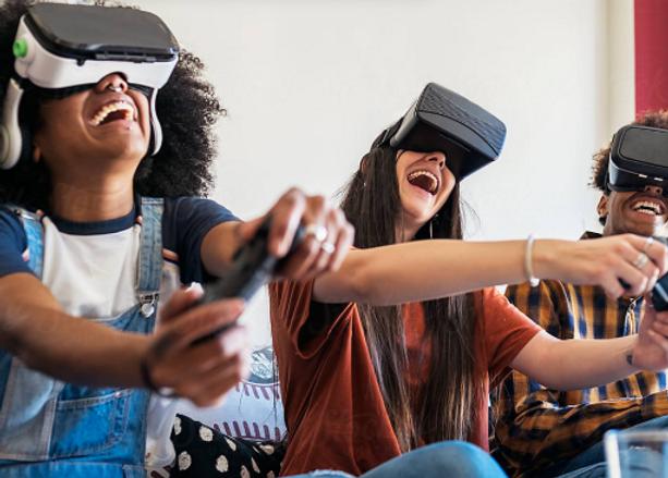 Salas Games Friends Playing Virtual Real