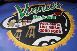 Vinnies Bar