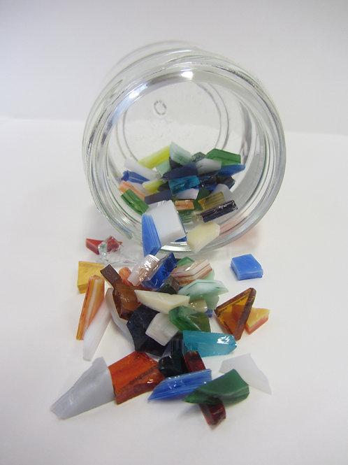 Éclats de verre multicolores