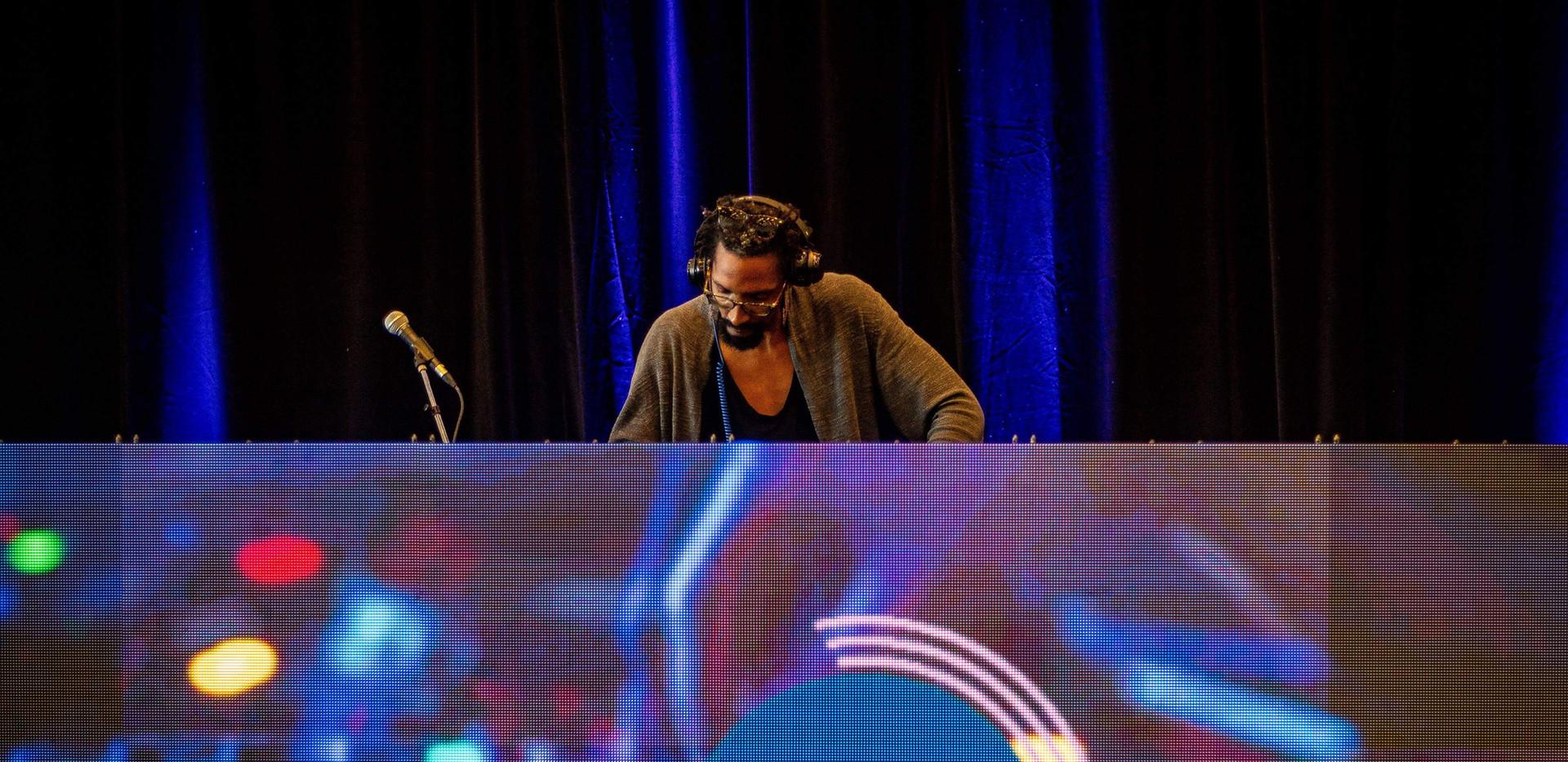 DJ White Rims in LED DJ Booth