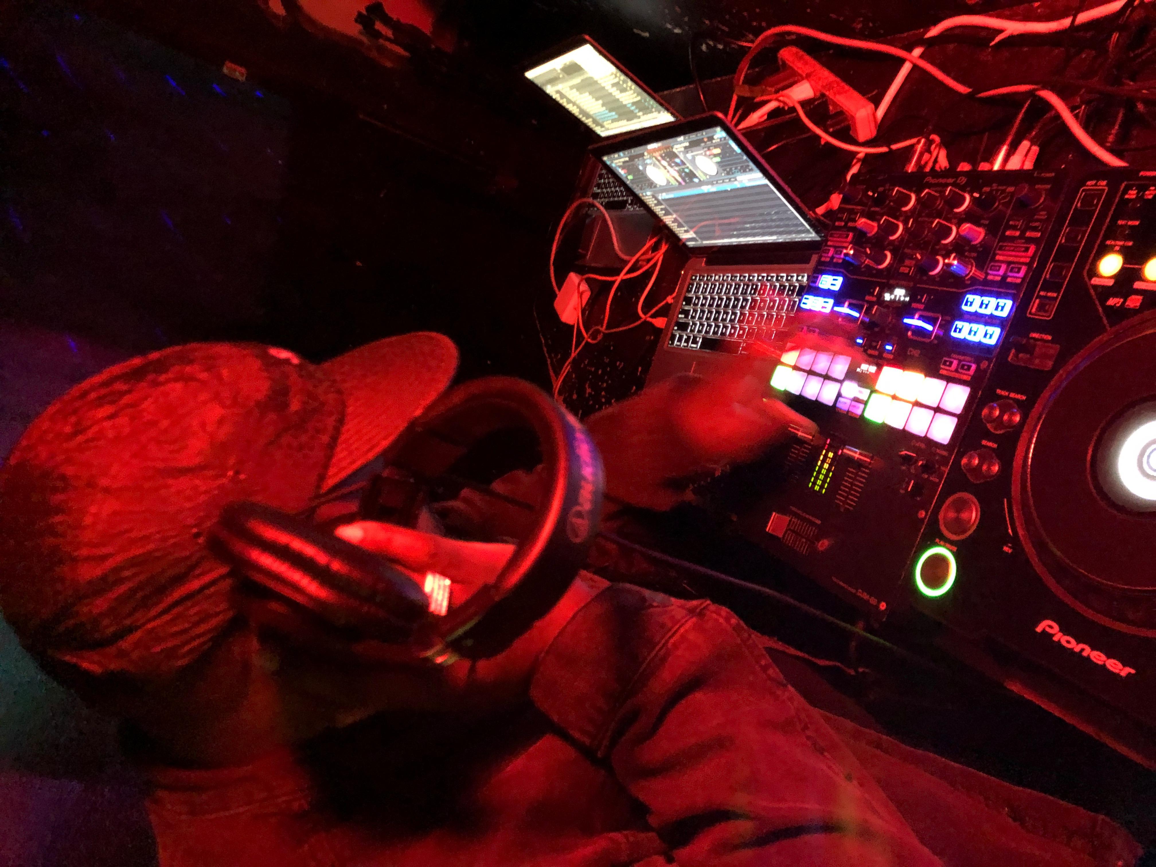 DJ Walk | Cleveland | NPi