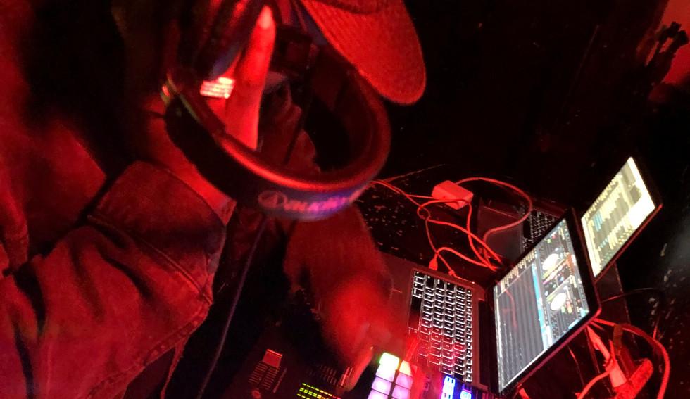 DJ Walk