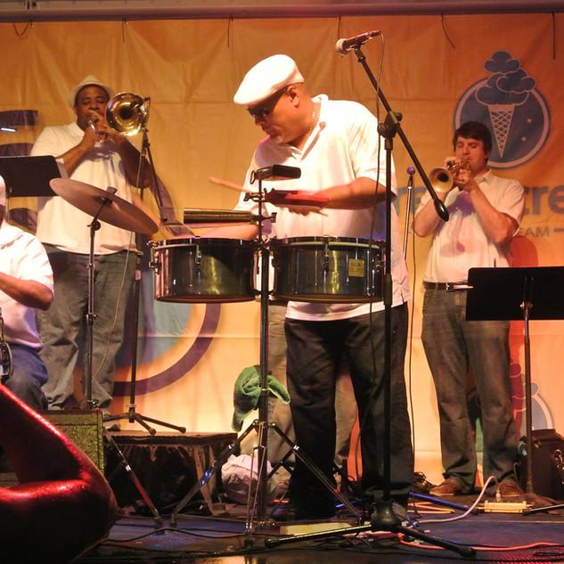Noel Quintana & The Latin Crew