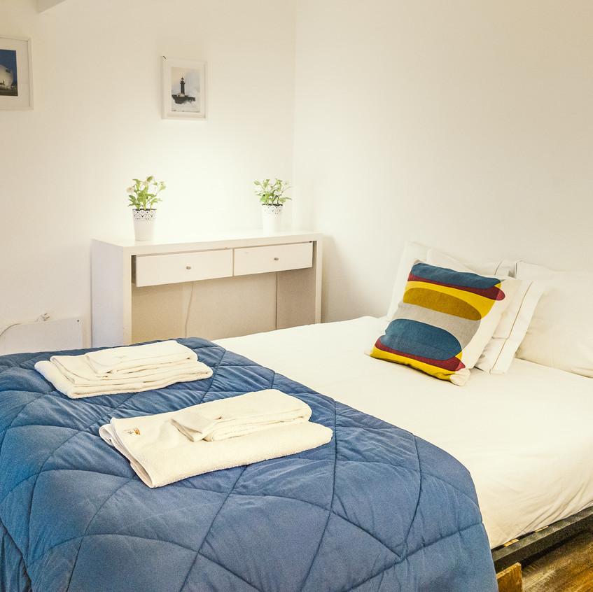 Queen Bed in Apartment