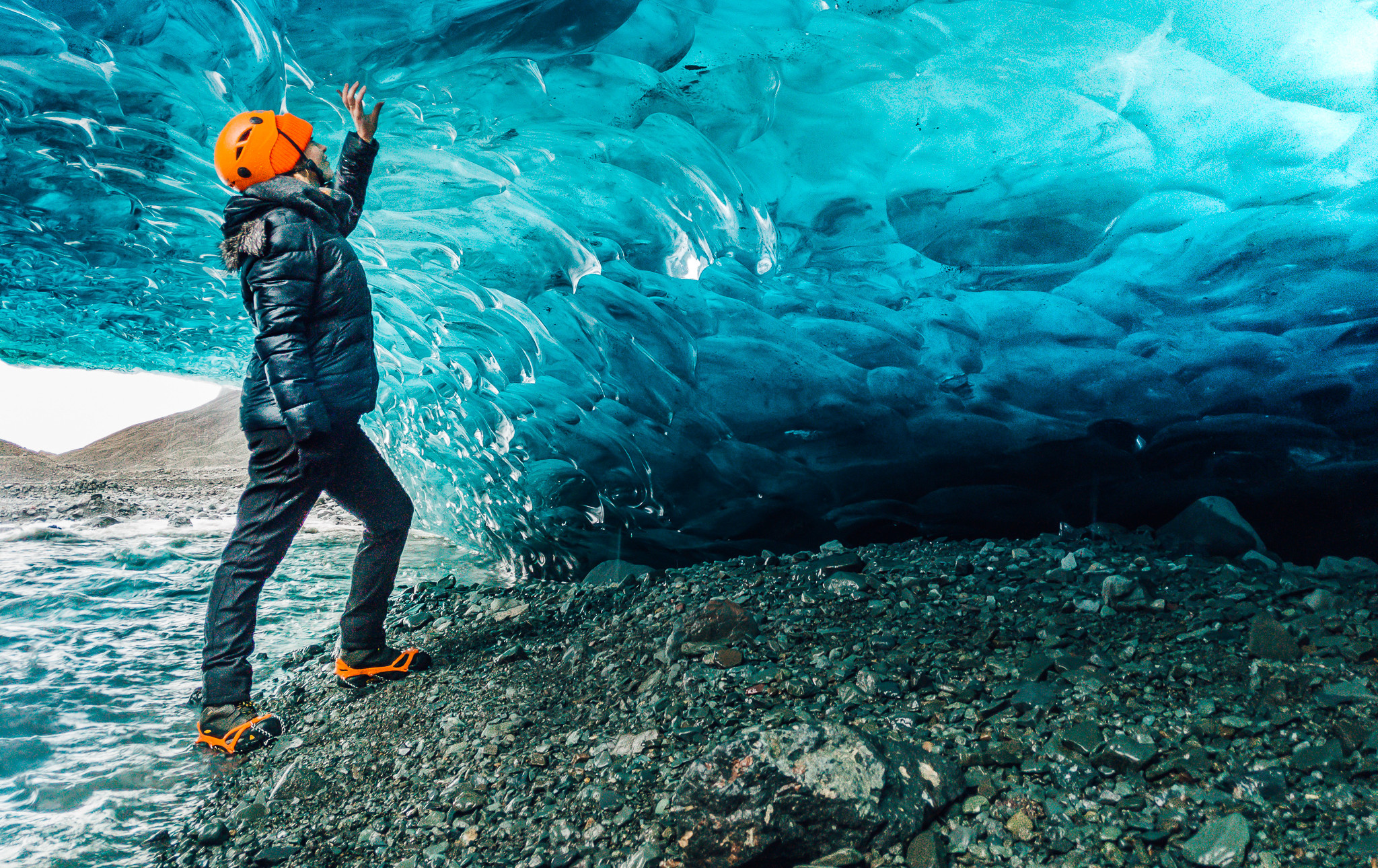 Crystal Blue Ice Cave_1