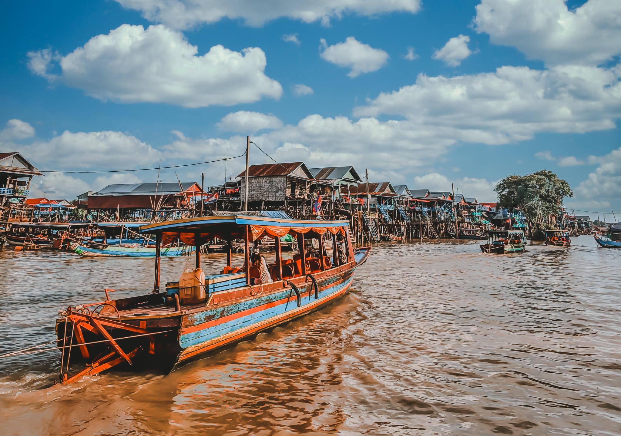 Kampong Khleang Boat Ride