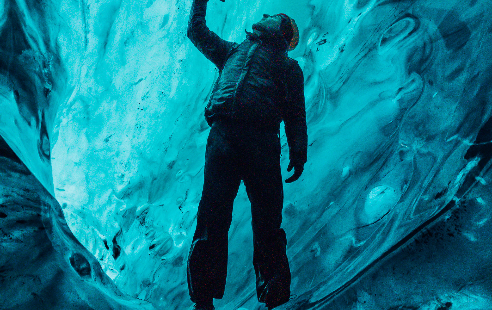 Crystal Blue Ice Cave_5
