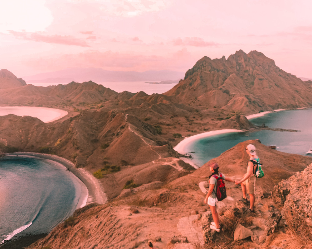 Lindsay and Alexis at Padar for Sunset