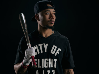AXE BAT: MOOKIE BETTS