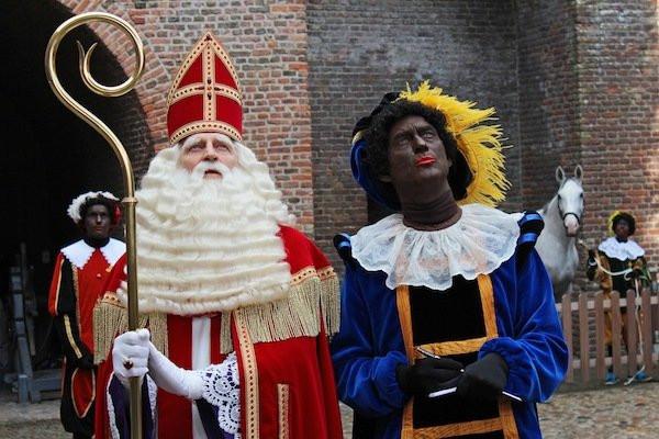 Sinterklaas Fekete Péterrel