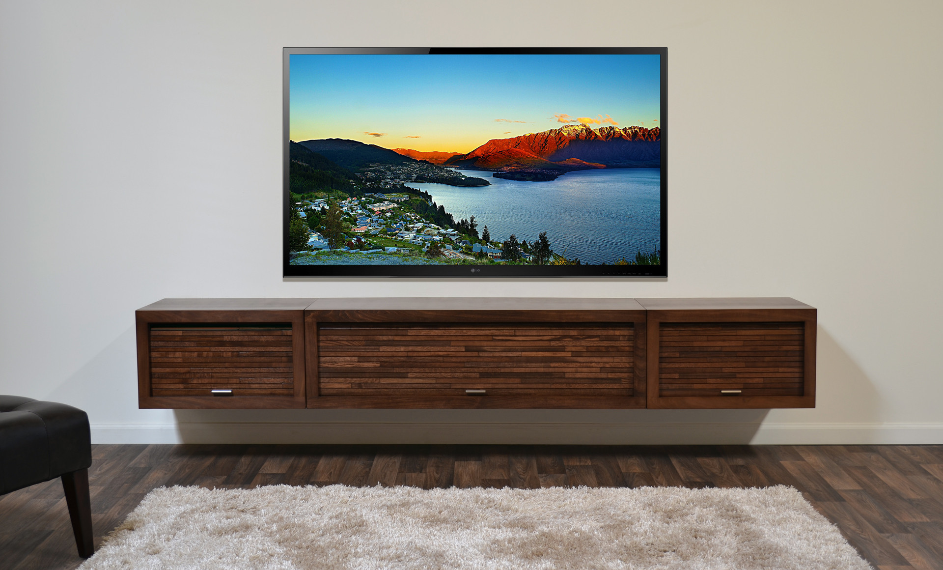 Hanging_TV_Wall Mount_Install TV