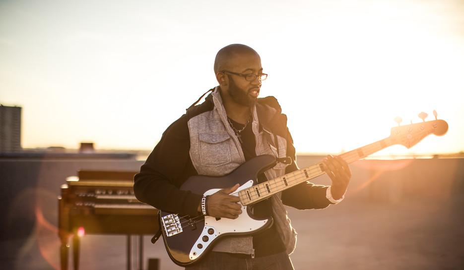Jeremy Thomas on Bass