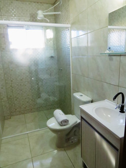 Banheiros limpos e higienizados