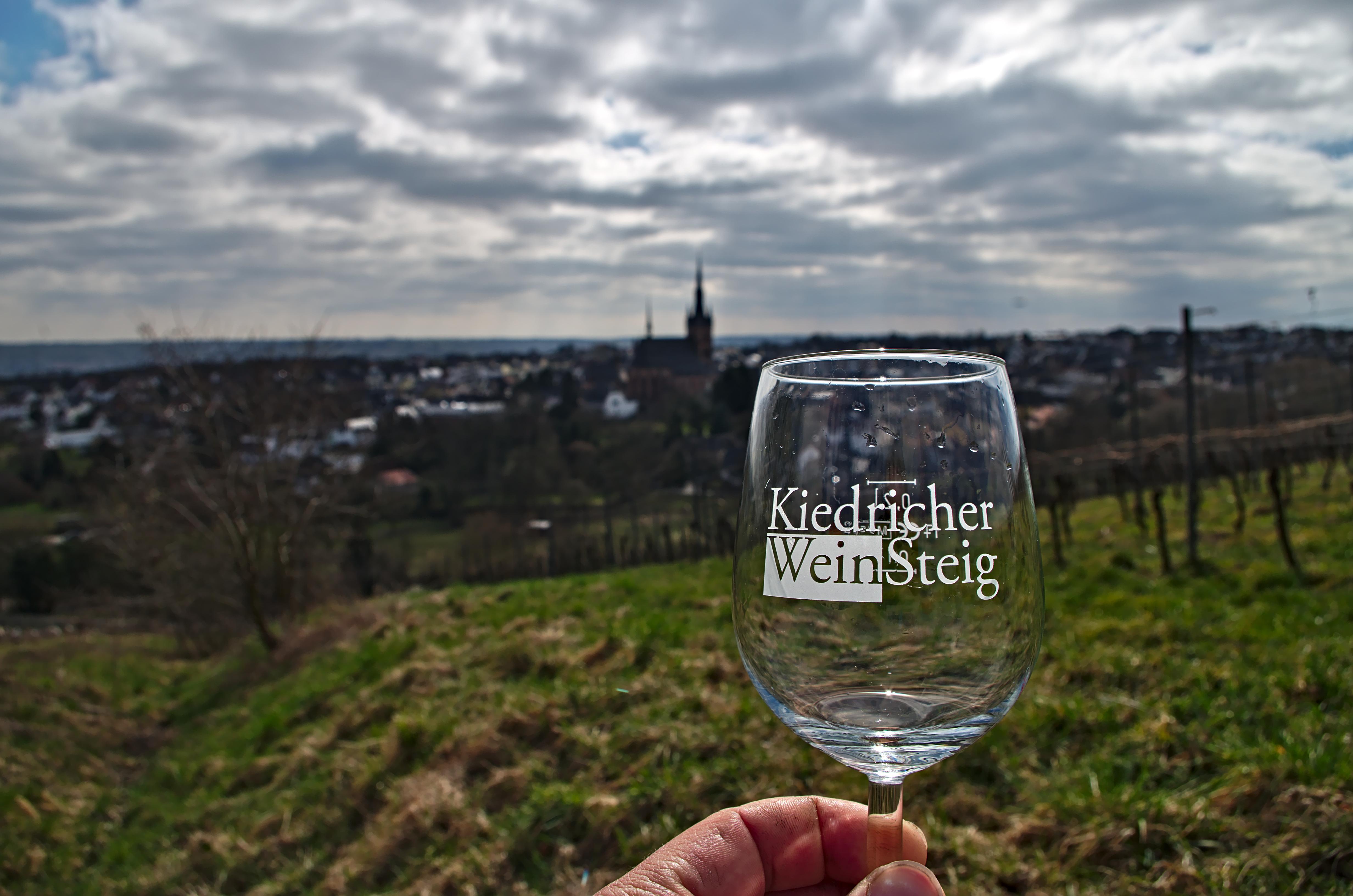 WeinSteig Glas mit Logo