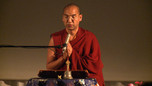 Lakhsam, cantos tibetanos por Lama Tenzin en el MUSA