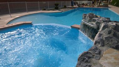 constructeur-piscines-annecy