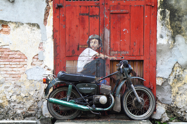 """""""Old Motorcycle"""" Street Art"""