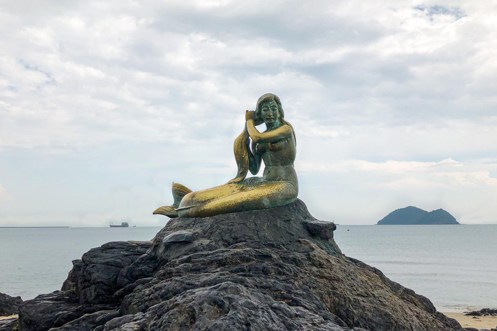 Hat Yai Golden Mermaid Statue